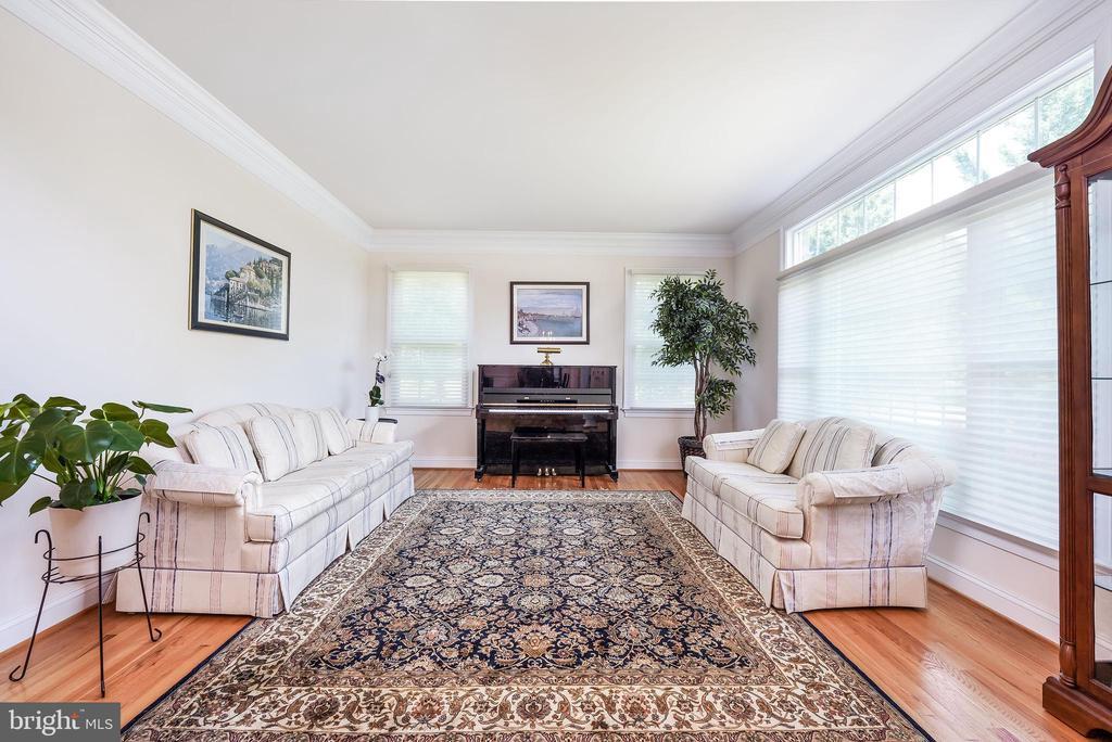 Formal living room - 3680 WAPLES CREST CT, OAKTON