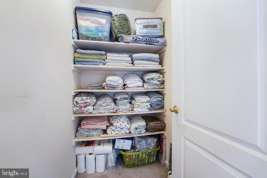 Linen closet - 3680 WAPLES CREST CT, OAKTON