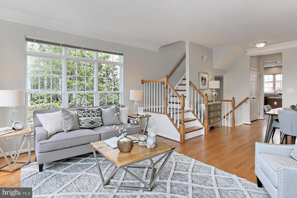 SPACIOUS AND OPEN FLOORPLAN IS EASY TO RECONFIG - 20428 HOMELAND TER, ASHBURN