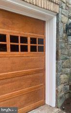 Brand New Garage Door Panels and stain!! - 18362 FAIRWAY OAKS SQ, LEESBURG