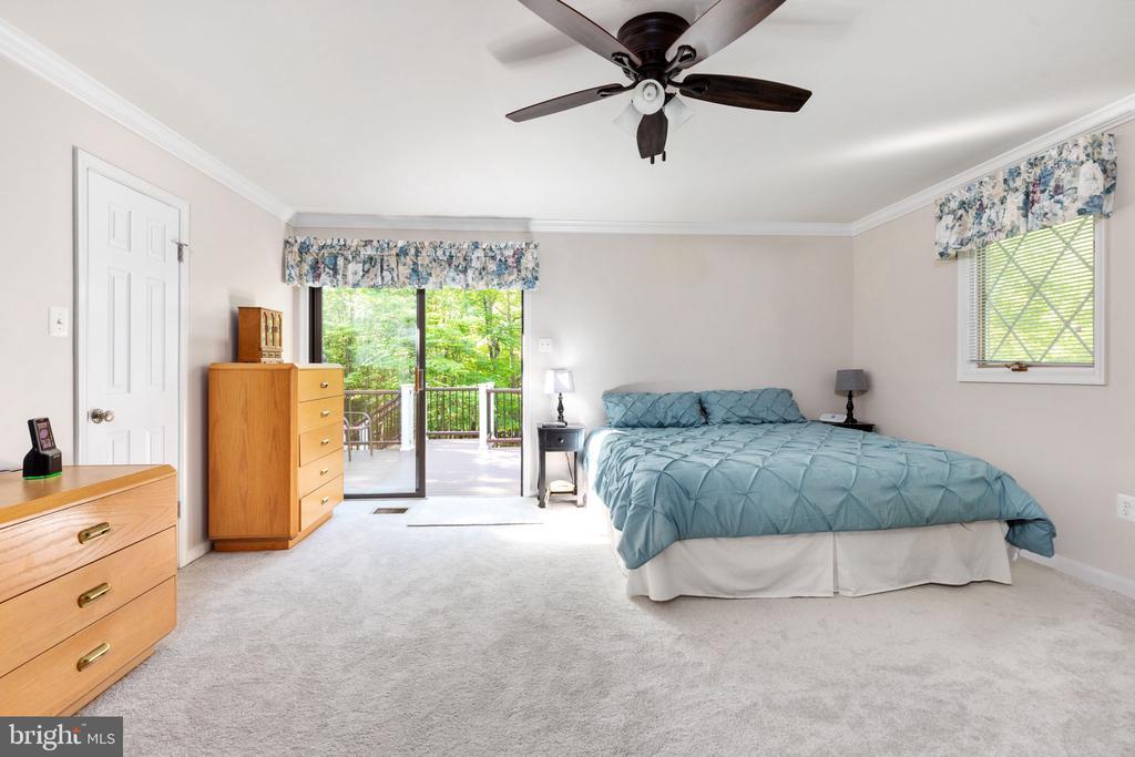 Master Bedroom - 8121 RONDELAY LN, FAIRFAX STATION