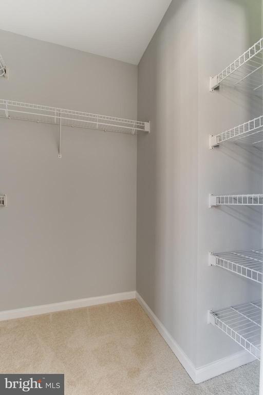 Another closet/ Master bed. - 1328 N ADAMS CT, ARLINGTON