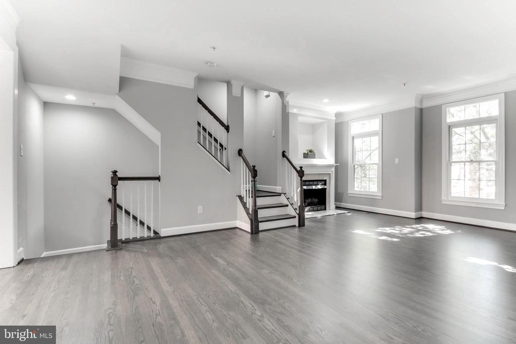 Living and dining room - 1328 N ADAMS CT, ARLINGTON