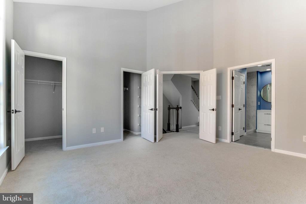 Master bedroom - 1328 N ADAMS CT, ARLINGTON