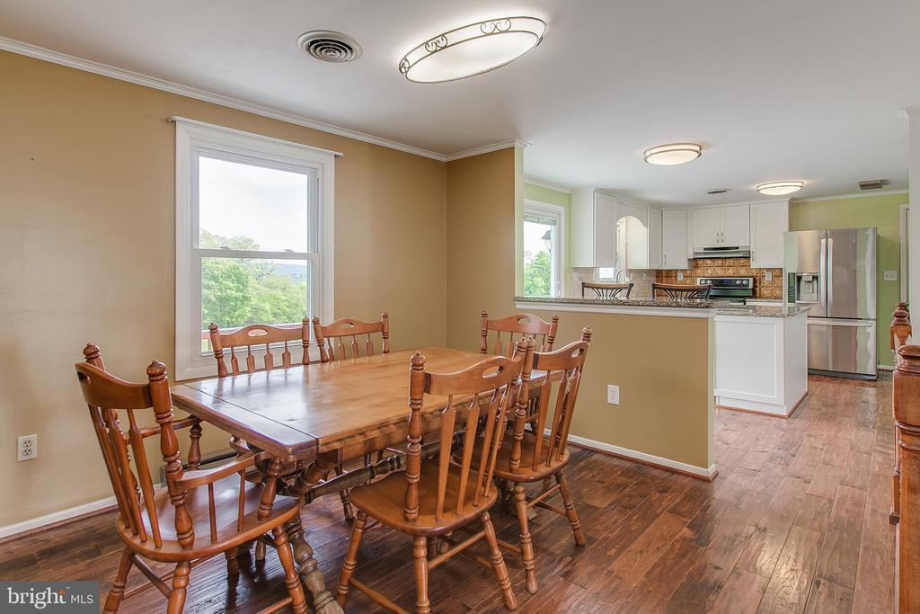 Dining room Pic 1 - 7517 PICNIC WOODS RD, MIDDLETOWN