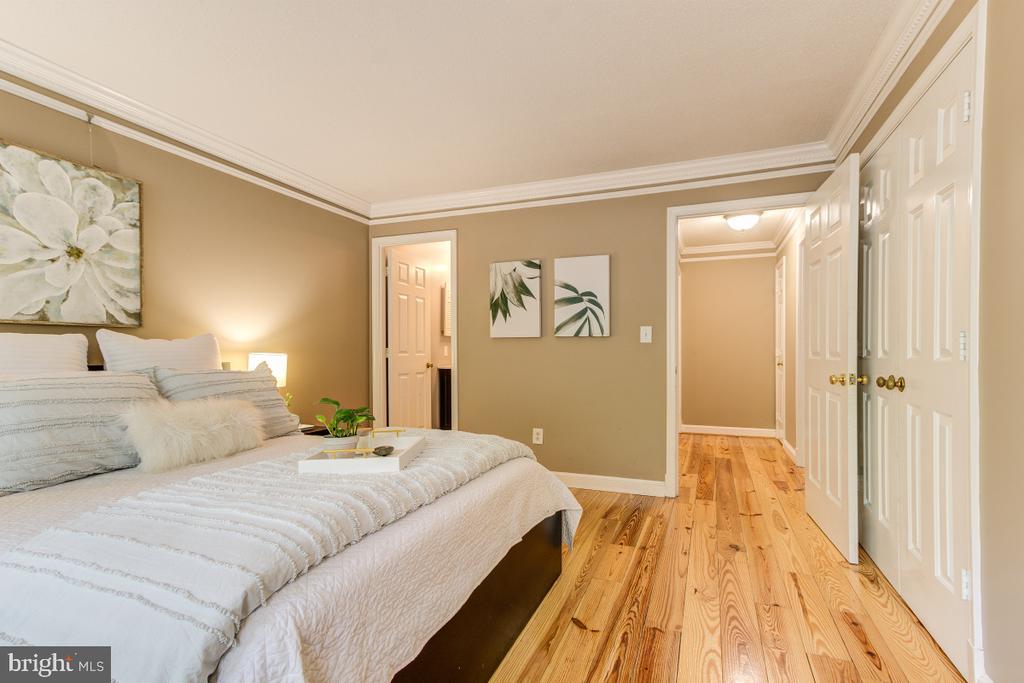 Bedroom 1, large room! - 4345 MASSACHUSETTS AVE NW #4345, WASHINGTON