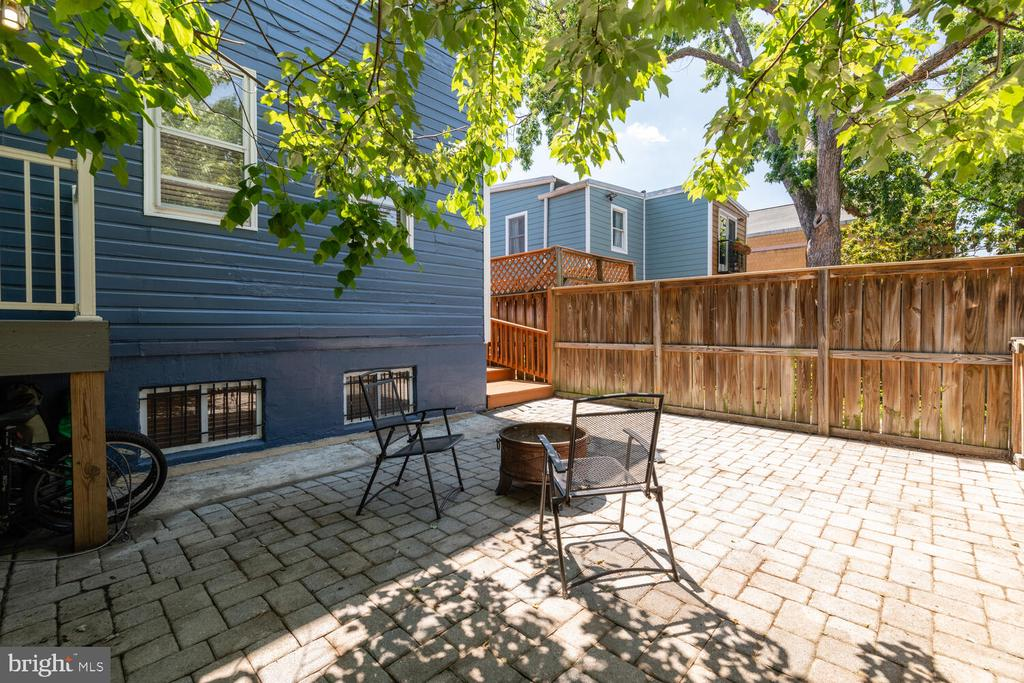 Shared Back Patio - 1007 QUEEN ST, ALEXANDRIA