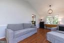 Pic 2-Living Room - 5 BARNSWALLOW CT, STERLING