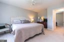 Pic 2- Master Bedroom - 5 BARNSWALLOW CT, STERLING