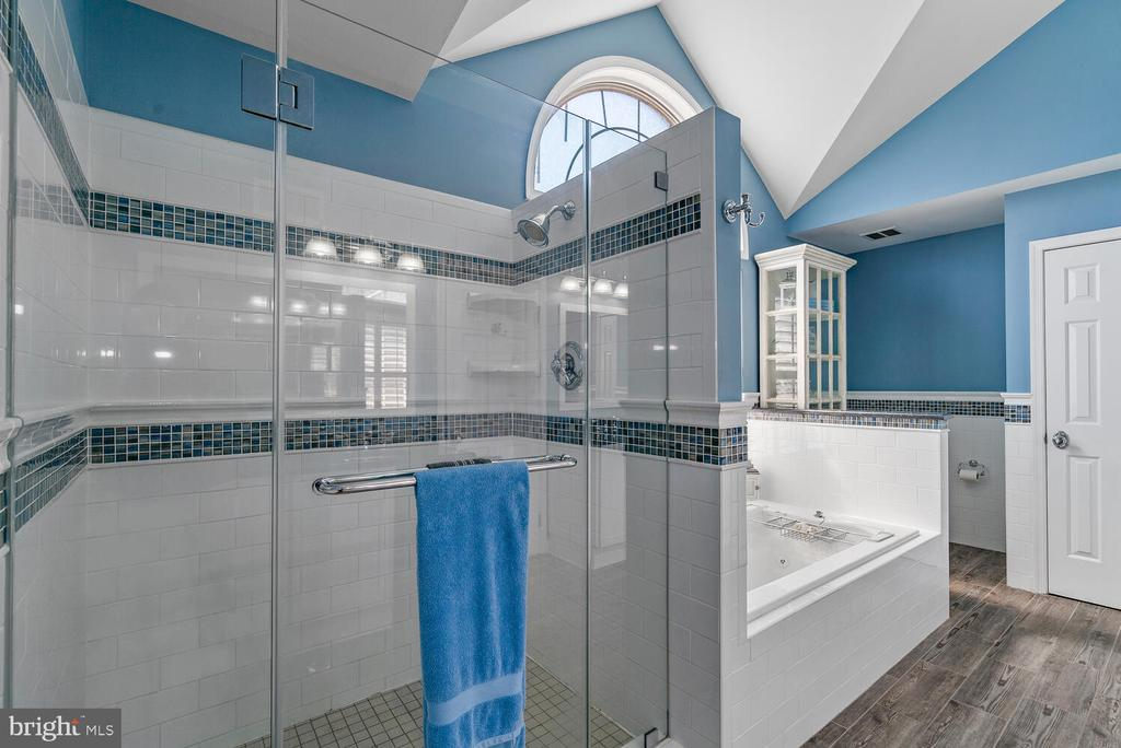 Custom Tile & Frameless Glass Door - 3054 S GLEBE RD, ARLINGTON