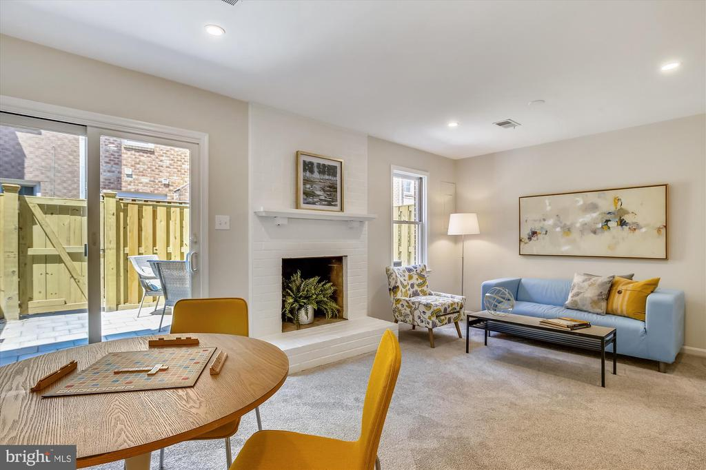 Entry Level - Rec Room with Sliding Door to Patio - 1186 N VERMONT ST, ARLINGTON