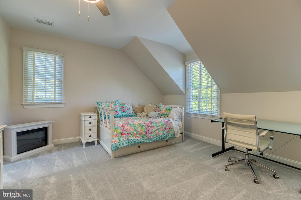 Bedroom 3 - 42091 NOLEN CT, LEESBURG
