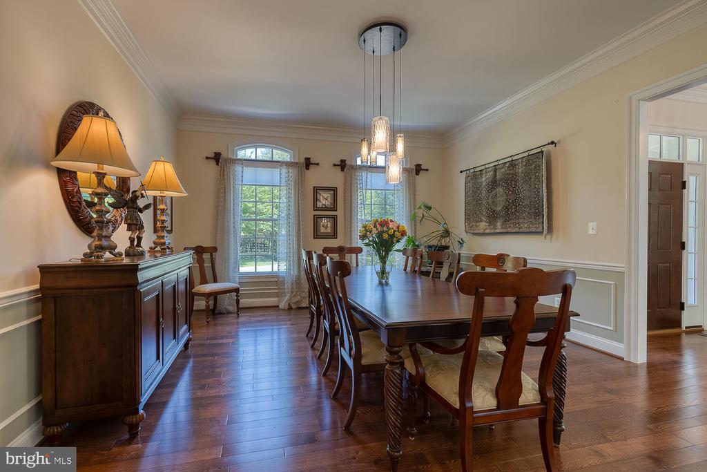 Formal dining room. - 42091 NOLEN CT, LEESBURG