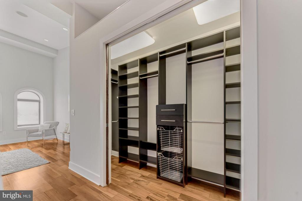 Owner's Suite Closet - 2419 1ST ST NW #2, WASHINGTON