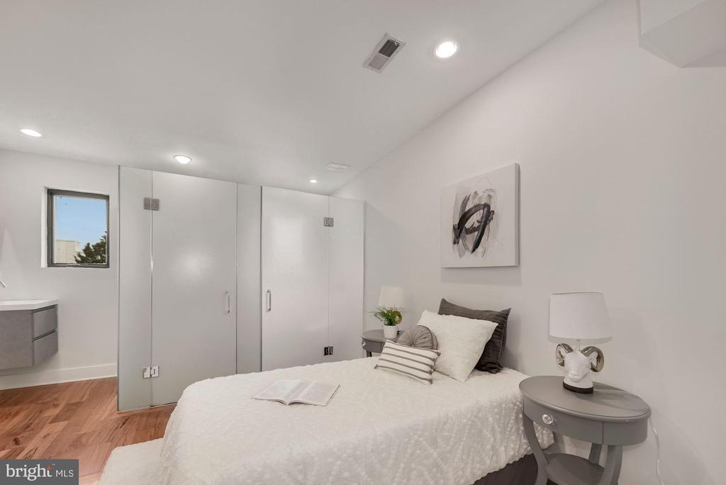Second Bedroom - 2419 1ST ST NW #2, WASHINGTON