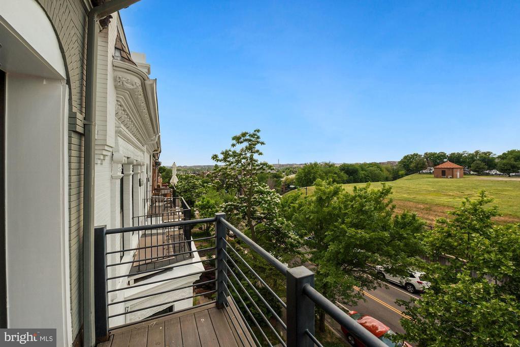 Owner's Suite Balcony - 2419 1ST ST NW #2, WASHINGTON