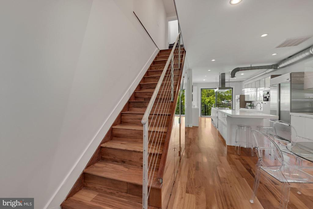 Modern Stairs - 2419 1ST ST NW #2, WASHINGTON