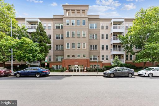 2001 12TH ST NW #210
