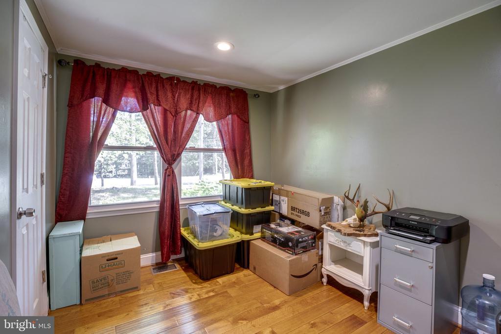Secondary bedroom 2 - 7287 TOKEN VALLEY RD, MANASSAS