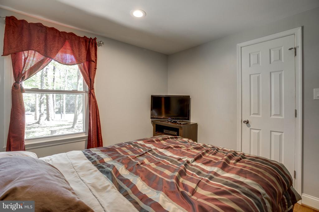 Secondary bedroom 1 - 7287 TOKEN VALLEY RD, MANASSAS