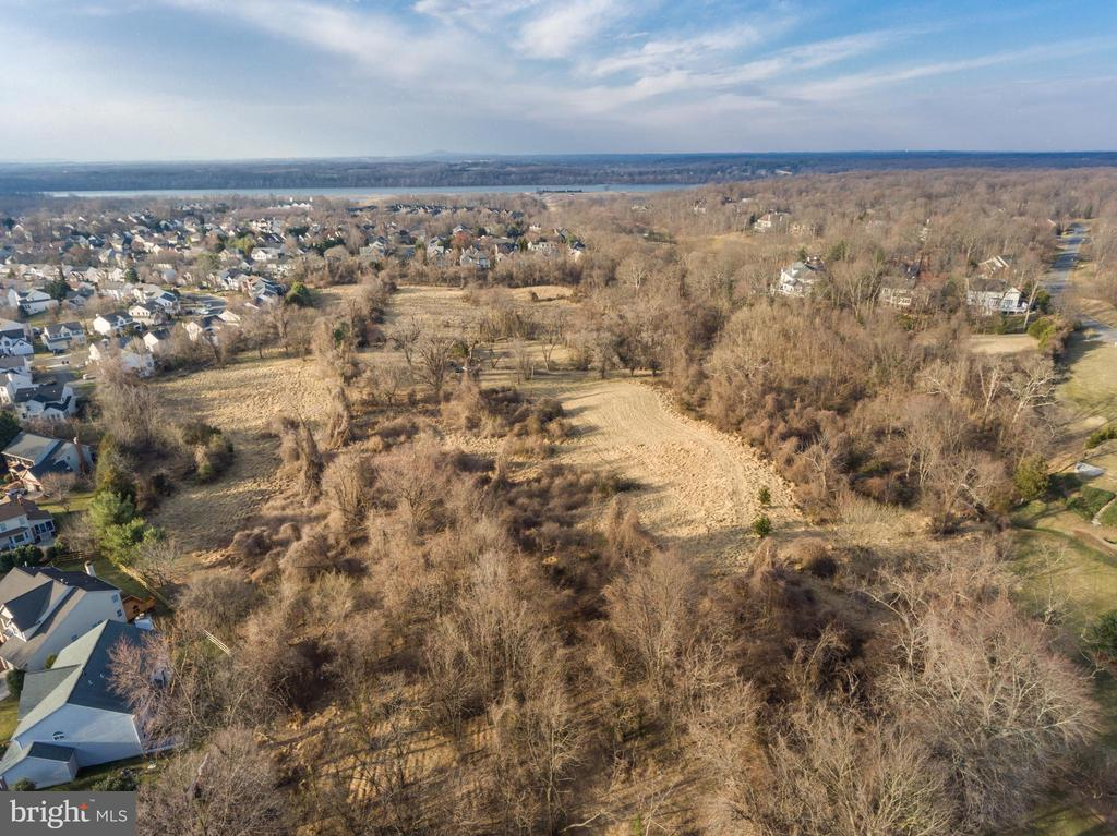 due north to Potomac. possible agricultural fields - 318 SINEGAR PL, GREAT FALLS