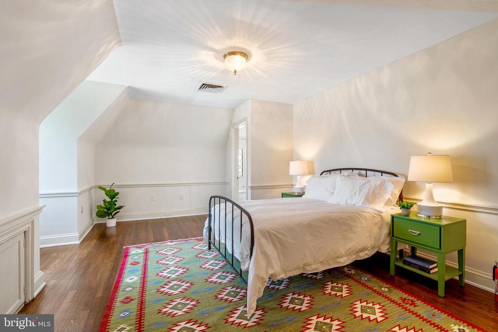 Bedroom - 2443 KALORAMA RD NW, WASHINGTON