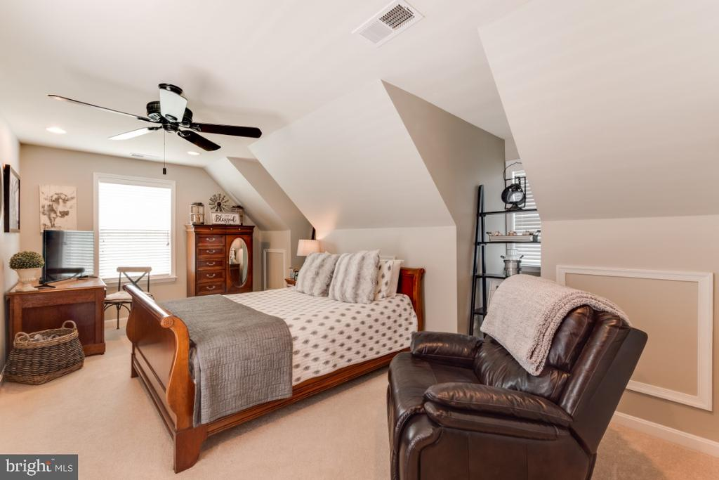 Bedroom 4 - 42063 MIDDLEHAM CT, ASHBURN