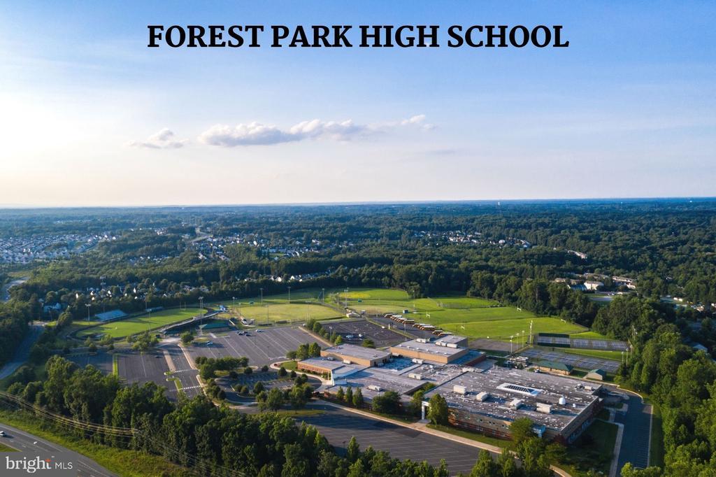 Forest Park High School - 4290 CANDLESTICK CT, DUMFRIES