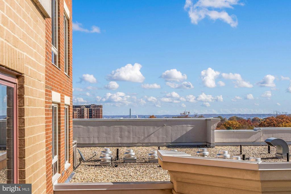 Building Amenities - 1201 N GARFIELD ST #516, ARLINGTON
