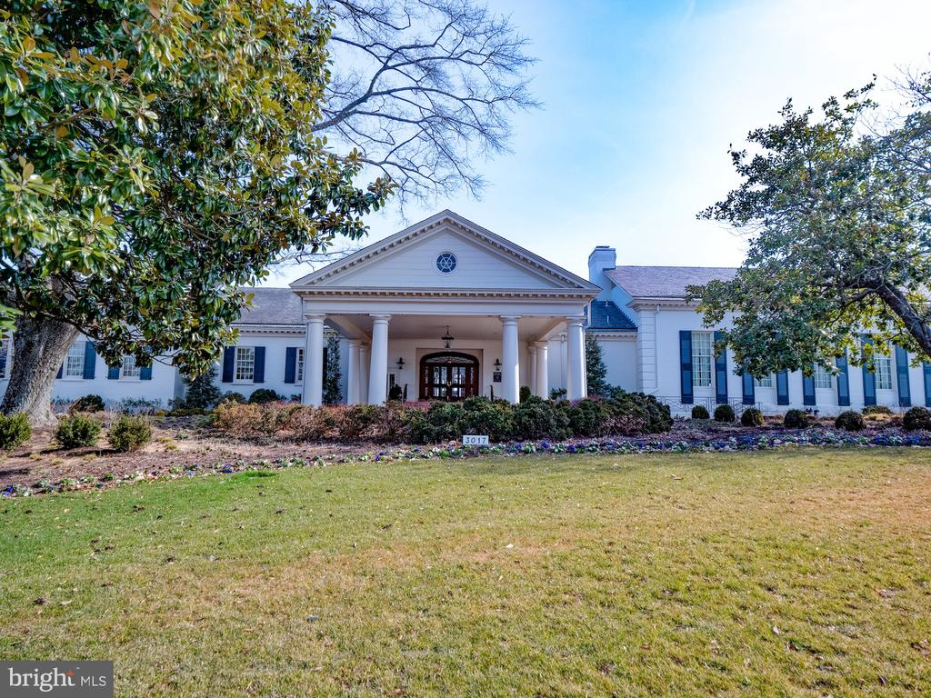 Washington Golf and Country Club is nearby - 4651 35TH ST N, ARLINGTON