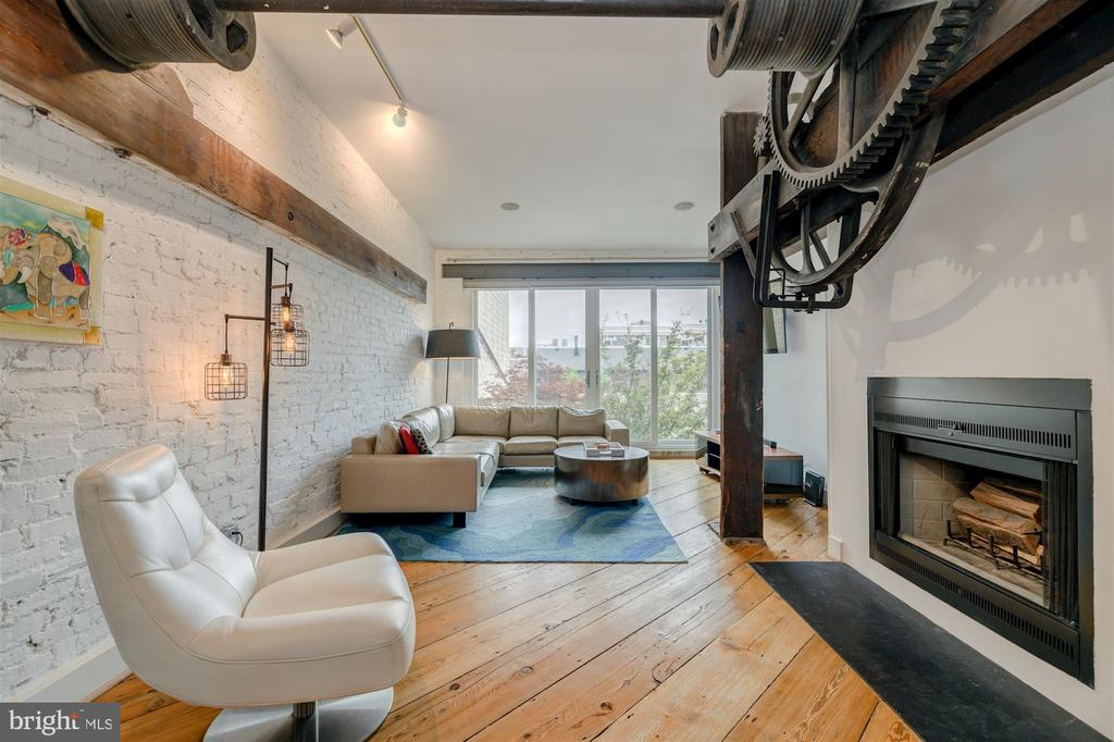 Formal Living Room - 1737 JOHNSON AVE NW #D, WASHINGTON