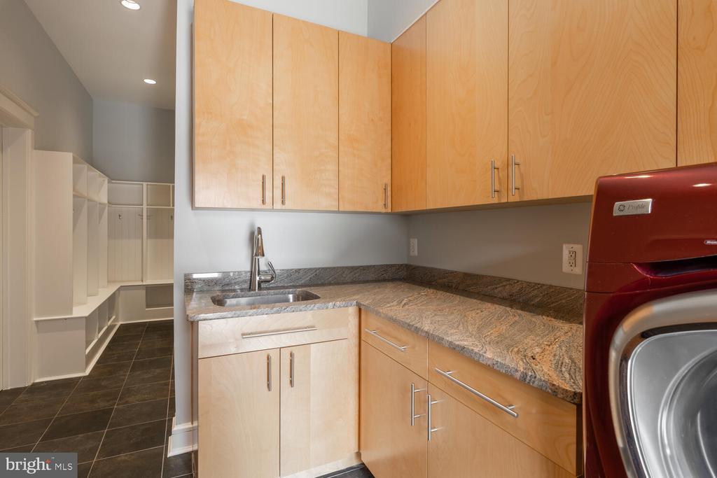 Laundry Room on main level - 5075 POLK AVE, ALEXANDRIA