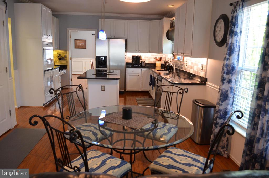 Plenty of room with built-in desk - 6304 SPRING FOREST RD, FREDERICK
