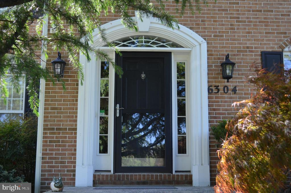 Welcome home to 6304 Spring Forest! - 6304 SPRING FOREST RD, FREDERICK