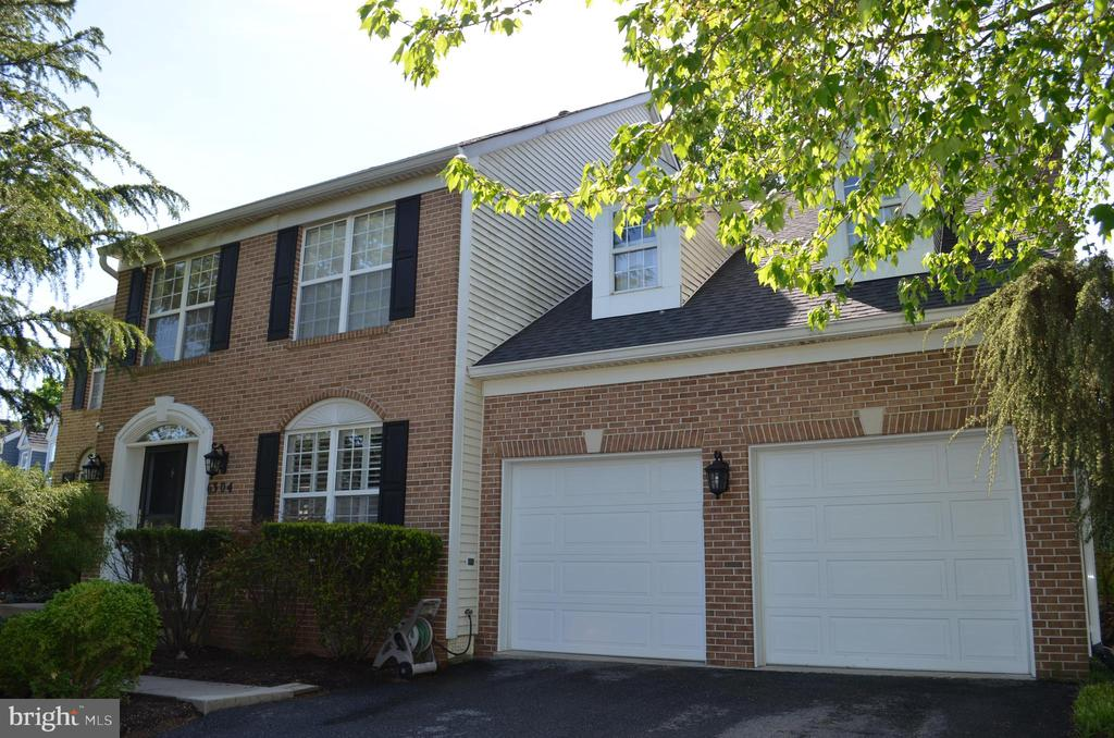 This brick-front beauty can be your new home! - 6304 SPRING FOREST RD, FREDERICK