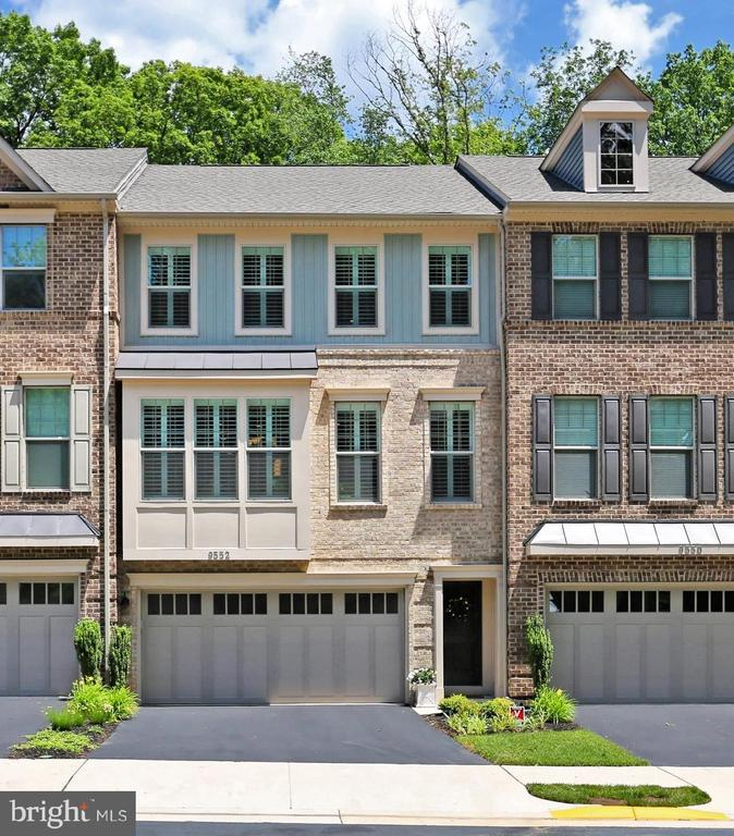 Welcome to Executive Townhome Living - 9552 KATELYN ZINN PL, BURKE