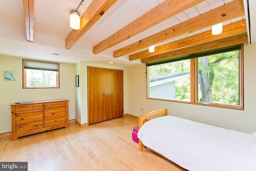 Bedroom 4 - 246 SONGBIRD LN, WINCHESTER