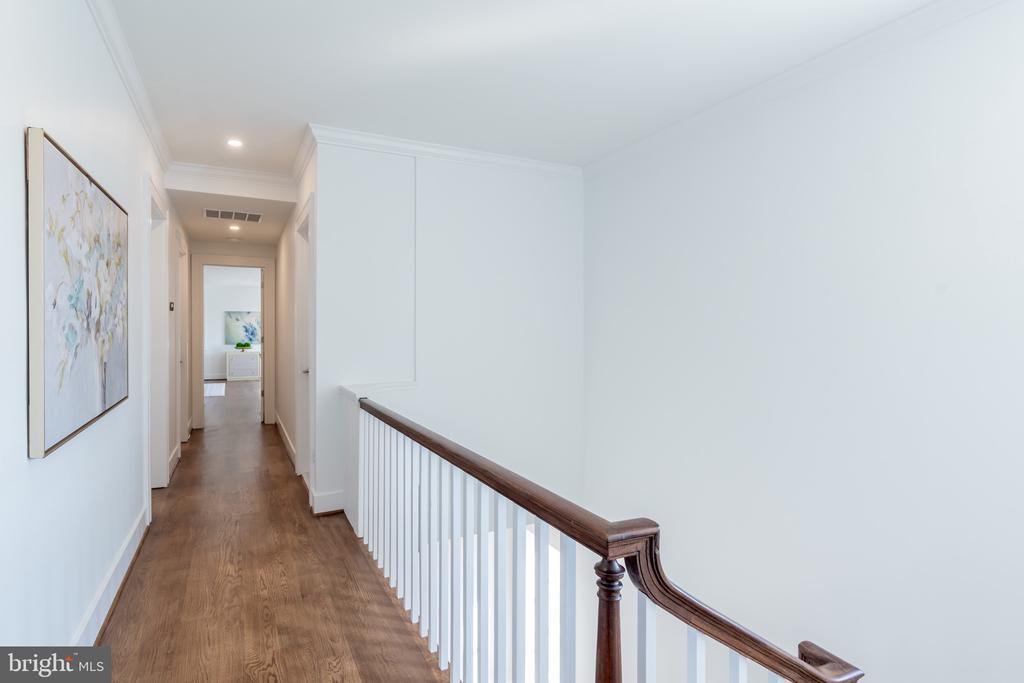 Hallway to Primary Bedroom - 3015 WHITEHAVEN ST NW, WASHINGTON