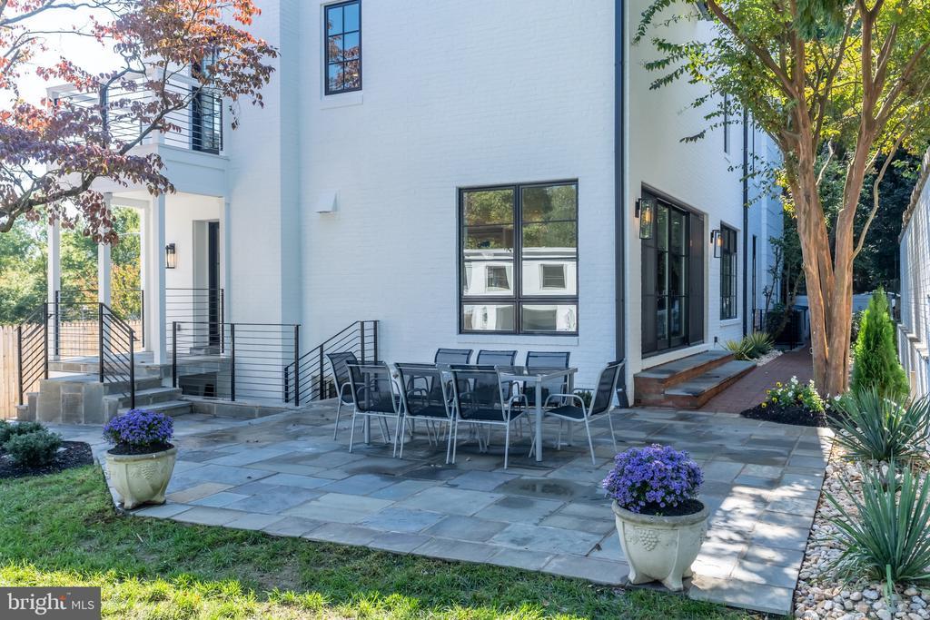 Back patio - 3015 WHITEHAVEN ST NW, WASHINGTON