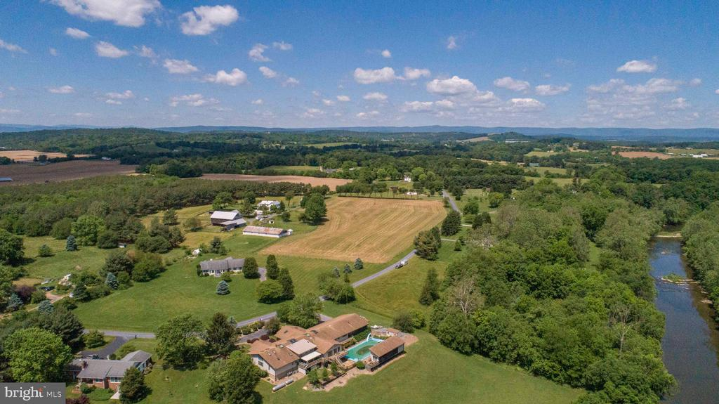 Ariel View of the Property & River - 721 BATTLEFIELD BLUFF DR, NEW MARKET
