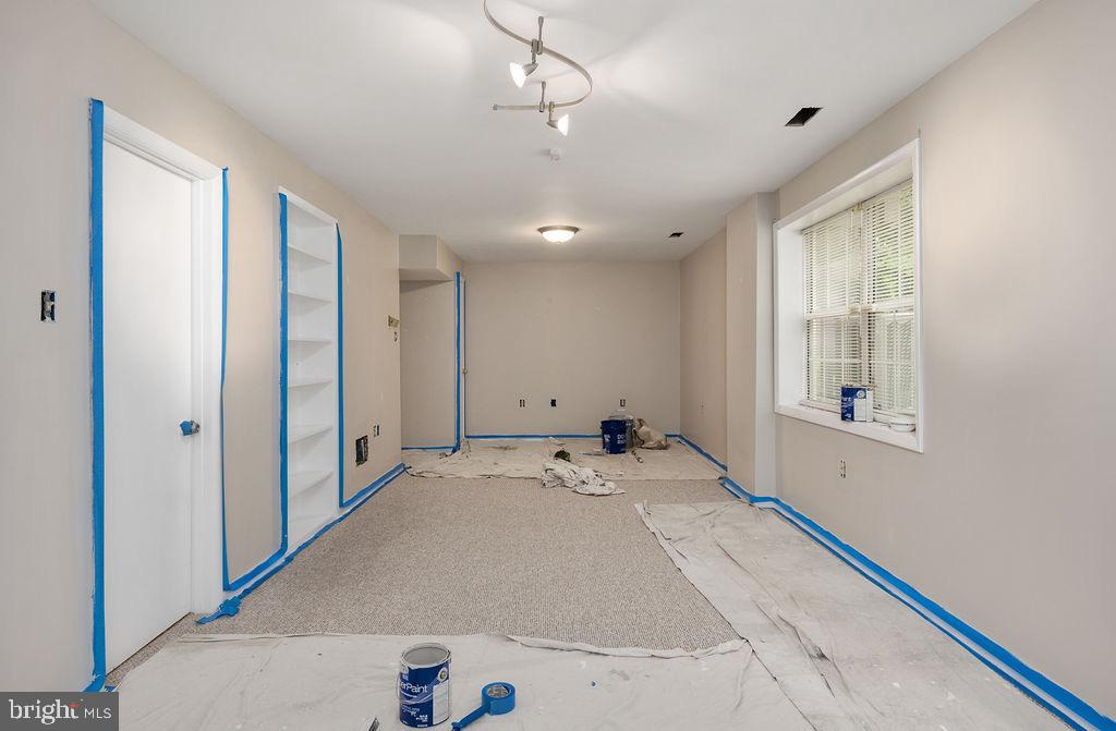 Paint to be finished by week of 6/1 - 49 DOROTHY LN, STAFFORD