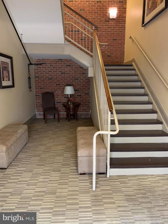 Main entrance lobby to condo units on level 2 - 9020 LORTON STATION BLVD #1-114, LORTON
