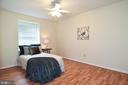 Bedroom 2 offers plenty of space! - 6463 FENESTRA CT #50C, BURKE