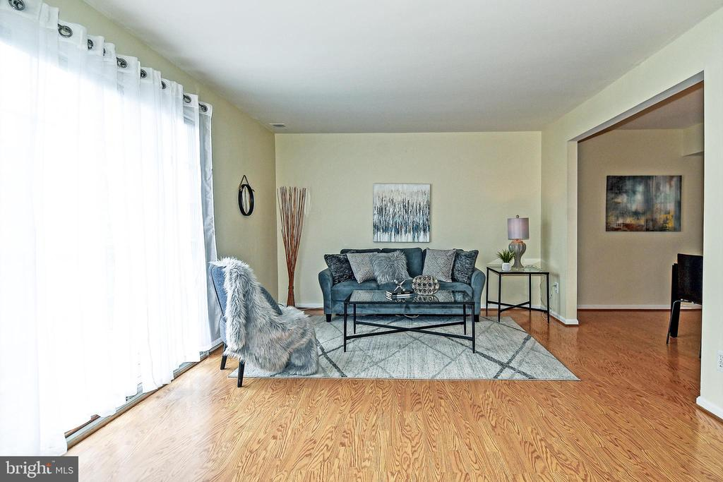 Come sit and stay awhile! - 6463 FENESTRA CT #50C, BURKE