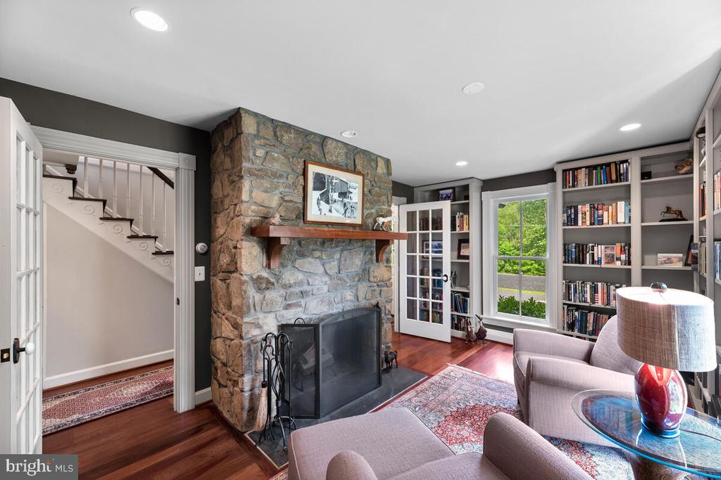 Library - 12645 OLD FREDERICK RD, SYKESVILLE