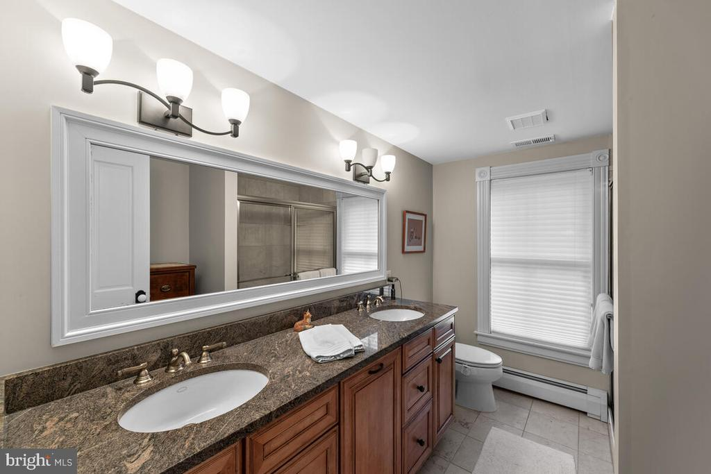 Guest Bathroom - 12645 OLD FREDERICK RD, SYKESVILLE
