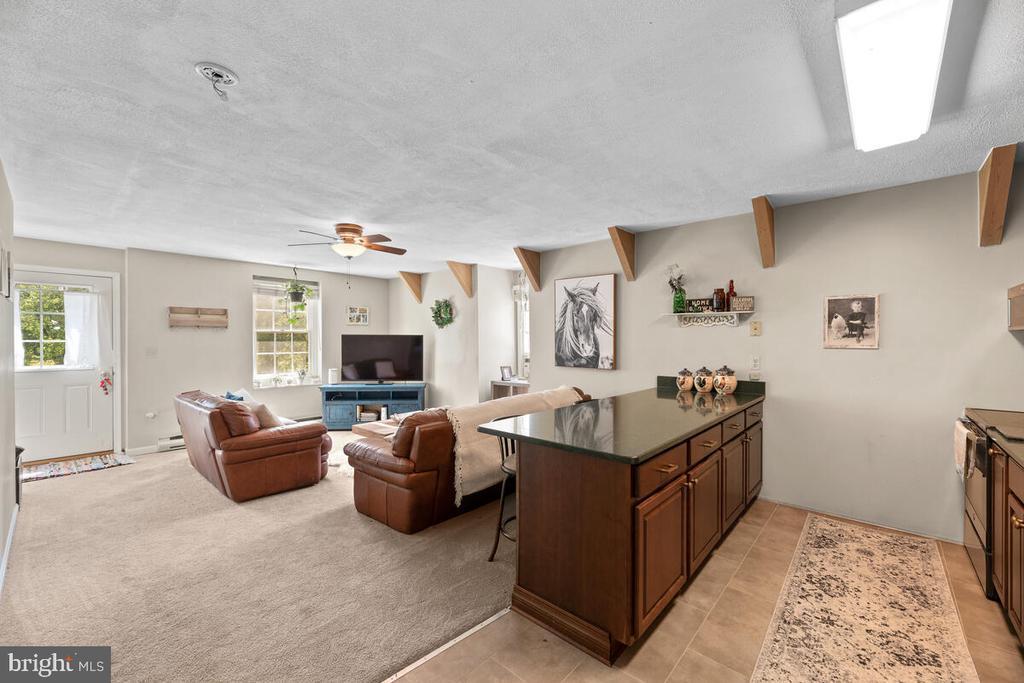 Apartment open floor plan - 12645 OLD FREDERICK RD, SYKESVILLE