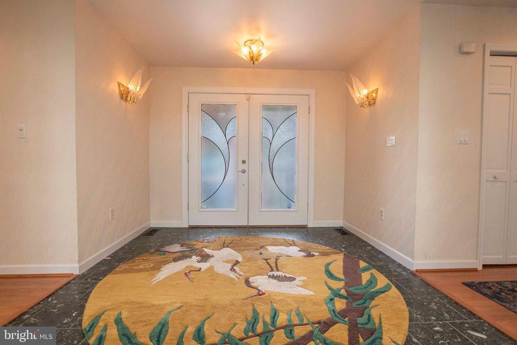 Front Door Entrance - 721 BATTLEFIELD BLUFF DR, NEW MARKET