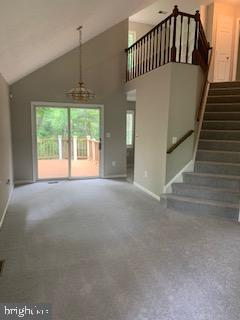 2 story great room - 11619 VALLEY RD, FAIRFAX
