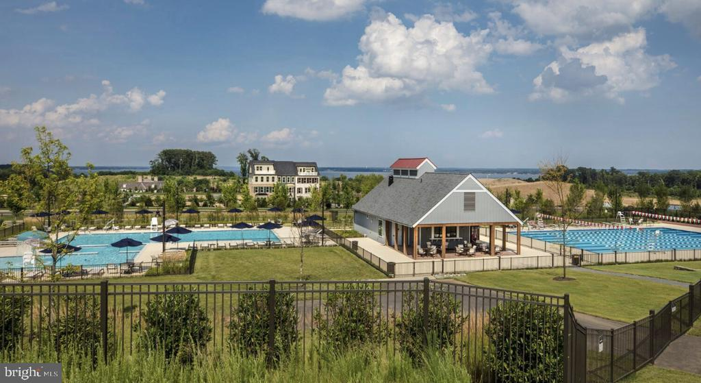 This is the Shores Club pool complex - 17037 SILVER ARROW DR, DUMFRIES